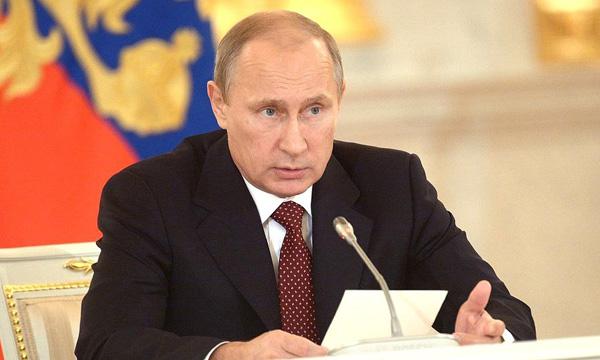 Путин заморозил размер маткапитала