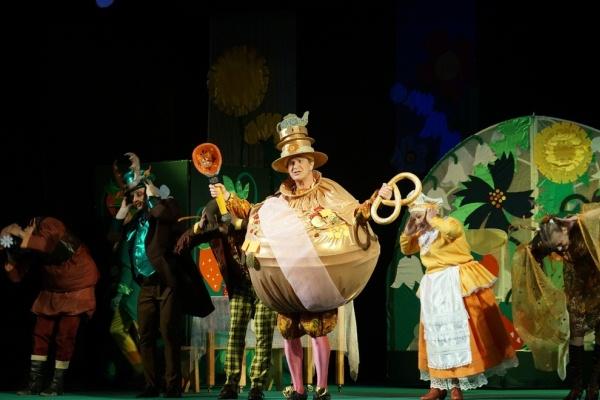 В Чайковском театре драмы и комедии в рамках проекта «Культура малой Родины» состоялась премьера спектакля